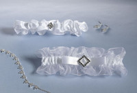 NEW! Lillian Rose Diamonds & Satin Garter Set White