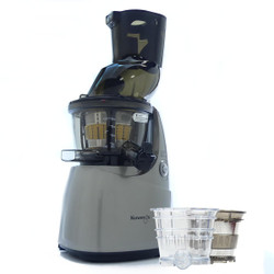 B8200 Whole Fruit Juicer in Silver with Accessories