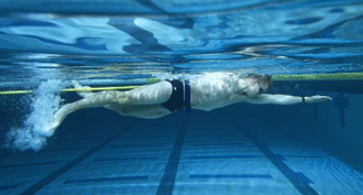 Elastic training swimming by Lane 25 M strengthening Swimmers without Belt