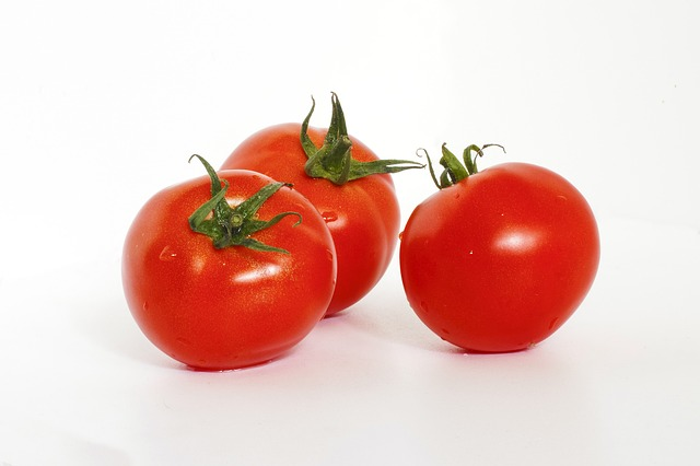 Fruit, vegetable, or something in the middle, the tomato is loaded with licopene.
