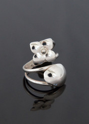 Nine50 Silver Flower Ring