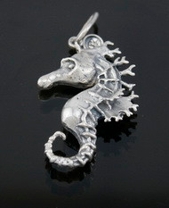Nine50 Silver Sea Horse Pendant