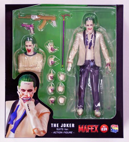 Resultado de imagem para mafex 039 the joker suits ver