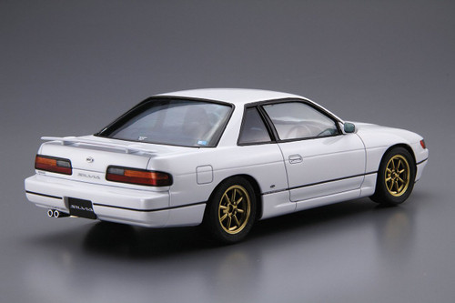 Aoshima 52105 The Model Car 13 Nissan Silvia PS13 '91 1/24 Scale Kit