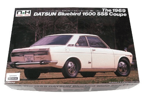 Doyusha NH25 Datsun Blue Bird 1600SSS Coupe 1/24 Scale Kit