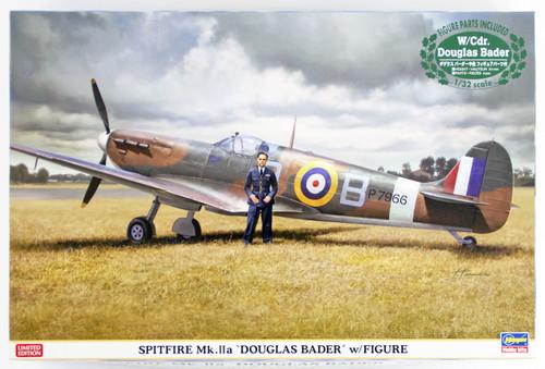 "Hasegawa 08247 Royal Air Force Spitfire Mk.2a ""Douglas Bader"" w/ Figure 1/32 scale kit"