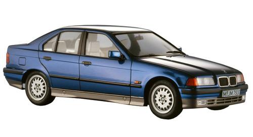 Hasegawa 20320 BMW 318i 1/24 scale kit