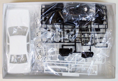 Aoshima 42564 Nissan Cefiro (A31) Attesa with RB20DET Engine 1/24 Scale Kit