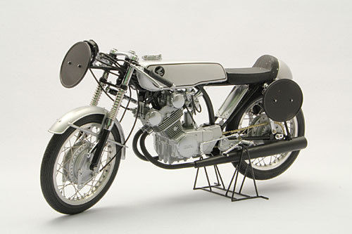 Ebbro 10028 Honda CR93 Racing Bike (Black) 1/10 scale