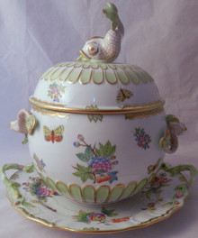 "Herend ""Queen Victoria"" Dolphin Tureen"