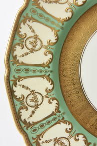 12 Royal Doulton Elaborate Gilt Encrusted Green Dinner Presentation Plates