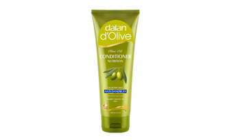 d'Olive Anti-Dandruff Conditioner   We created our Olive Oil Anti Dandruff Conditioner for you, with 70 years of experience in perfecting 100% olive oil soaps, guaranteed by Dalan quality.     Our conditioner with Mediterranean olive oil helps to resume the dandruff prevention system when used together with your Dalan d'Olive Anti Dandruff shampoo:   ü  It will moisture and balance the scalp.  ü  The anti-fungal effect fights with the microorganisms causing dandruff.  Olive Oil and Silk Protein care your hair to help for easy comb.
