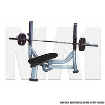 MA1 Club Series - Flat Bench Press