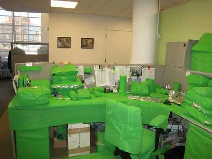 green-bubble-wrap-office-prank.jpg