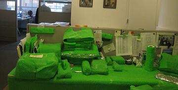 green-bubble-wrap-office-prank2.jpg