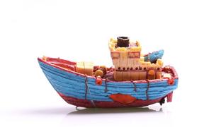 Aqua One Magnetic Glass Tug Boat Ornament (36874)