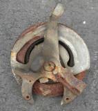 Camaro/Firebird 82-92 Spindle, Used L or R