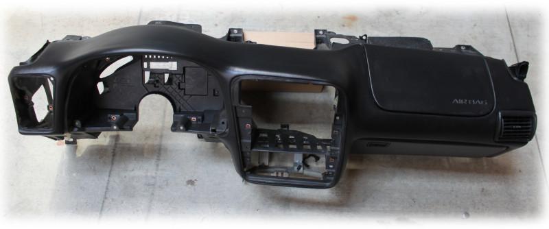 Dash, 2000-2002 Camaro Dash Hull with Airbag, Ebony, Used