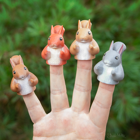 finger squirrels