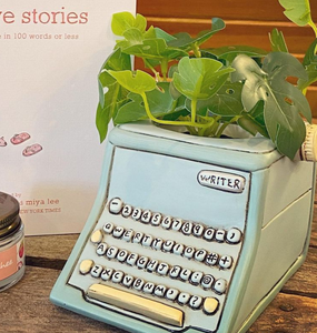 baby blue writer planter/pencil holder