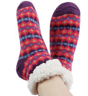 short nordic sherpa socks, pink and purple