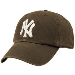"New York Yankees Brown ""Cleanup"" Adjustable Cap Photo"