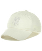 """New York Yankees White """"Cleanup"""" Adjustable Cap"""