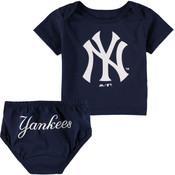NY Yankees Baby Navy 2- pc. Set  - alt image
