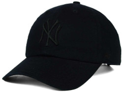 NY Yankees Black/Black Clean Up Adjustable Cap Photo