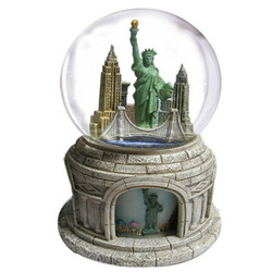 NYC Skyline Rotating Scenery 100mm Musical Snowglobe Photo