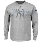 New York Yankees Majestic Pressing Issues Grey Long Sleeve Adult T-Shirt