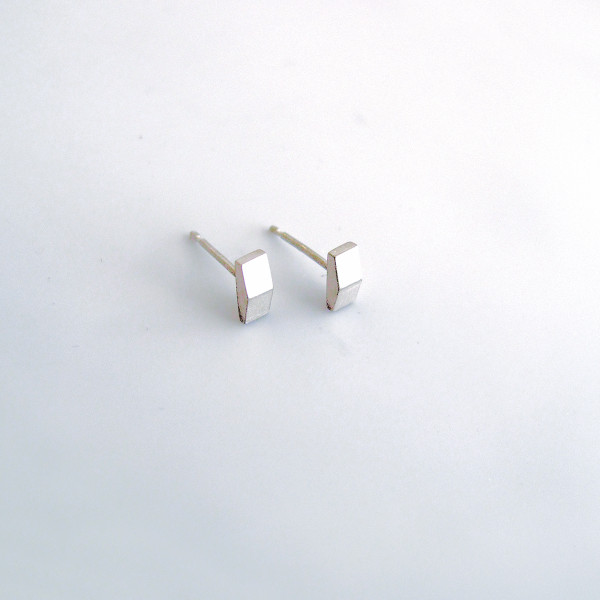 Silver Béton Apex Earrings
