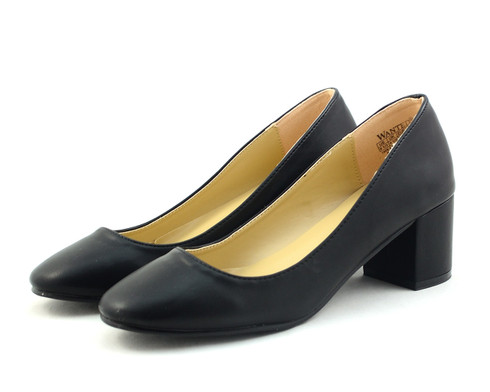 Wanted Amelia vegan block heel pump