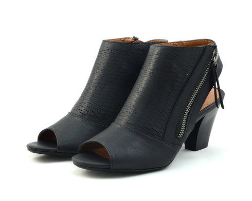Madeline Wishes vegan heeled sandal
