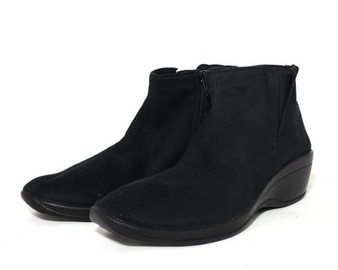 Arcopedico Luana vegan heeled ankle bootie