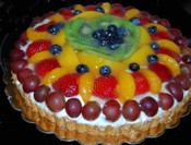 """9"""" Round Fruit Torte"""