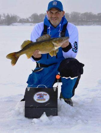 tony-s-walleye-12-30-13.jpg