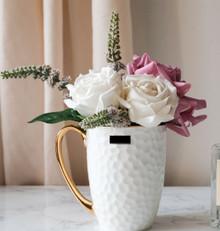 AF21082018A Flower + Vase