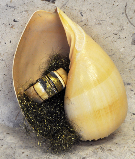 melon-shell-jewelry-3-72-450.jpg