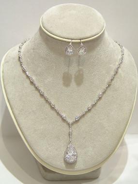 Franchesca diamante wedding necklace set gorgeous as evening jewellery