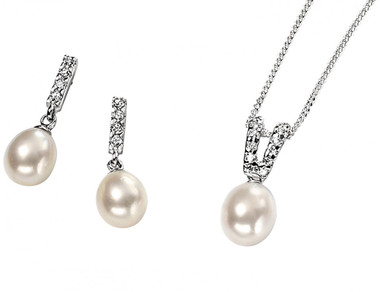 Samantha freshwater pearl bridal pendant set lovely for bridesmaids jewellery