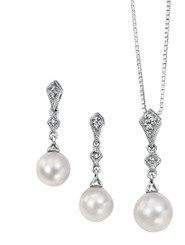 Perla Vintage Styled Diamond and Pearl Pendant set just for bridal