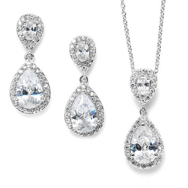 Arianna diamant pendant set for evening or bridal jewellery, gorgeous set