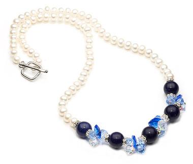 Lapiz lazuli and pearl gemstone necklace