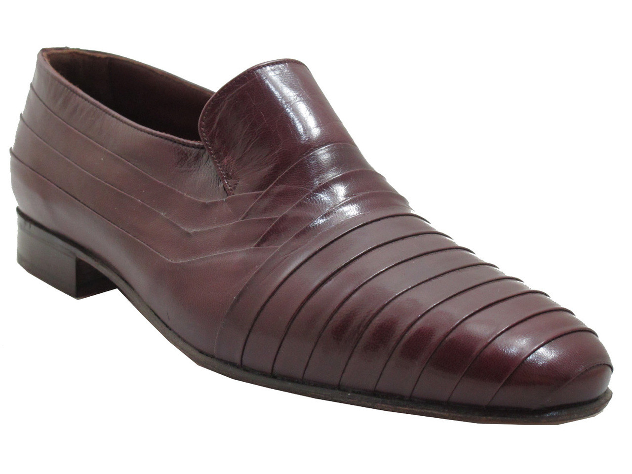 Via Veneto Menu0026#39;s 4325 Italian Leather Pleated Loafers In Bordow With Edgy Design