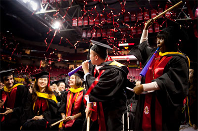 graduation-confetti-streamers-2.jpg