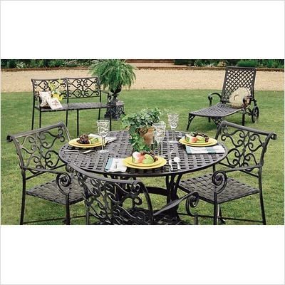 """Veracruz 46"""" Round Patio Dining Set"""