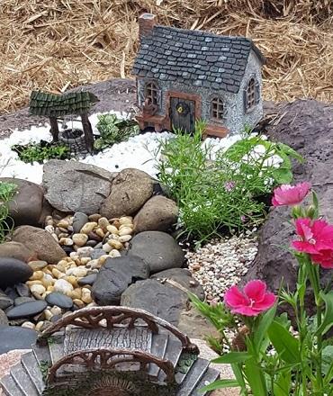 fairy-garden-ideas-fairytale-gardens.jpg