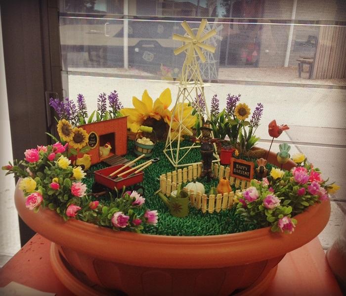 Gnome Garden: Harvest Miniature Garden