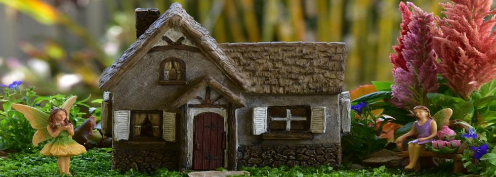 miniature-fairy-gardens-tudor-house-garden-fairytale-gardens-australia.jpg